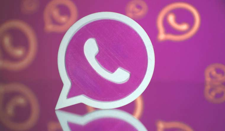 WhatsApp Pink Scam Virus Alert